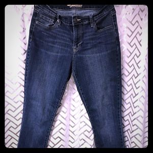 LIKE NEW OLD NAVY SIZE 8 SWEETHEART SKINNY JEANS
